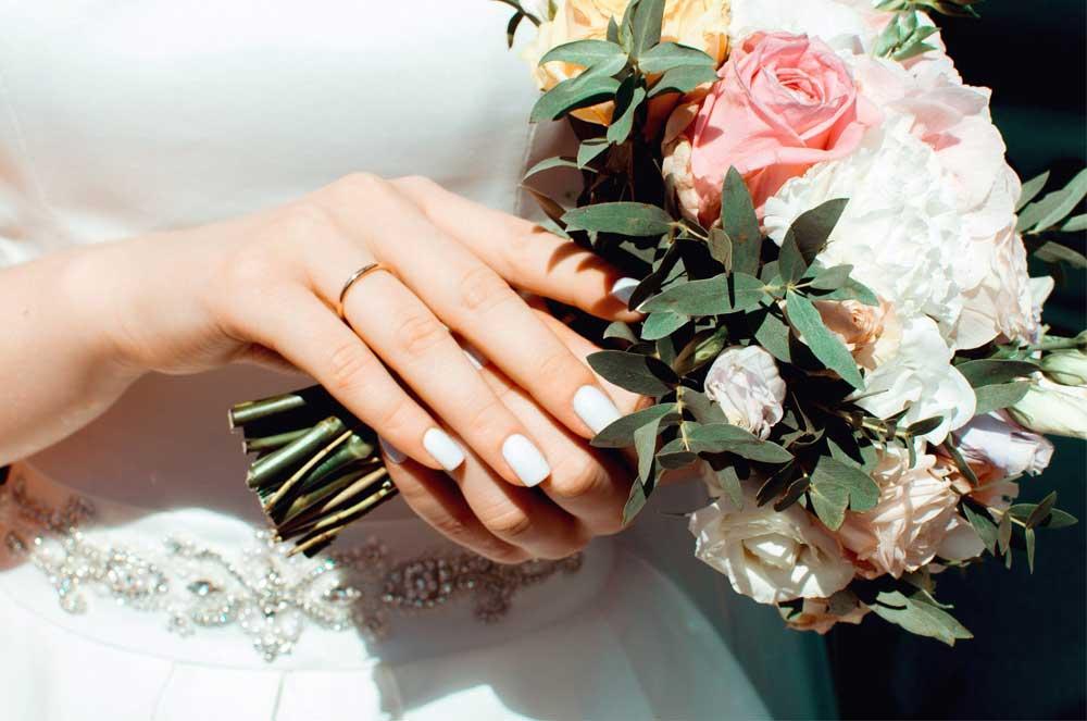 他店で結婚式を迎える方も是非ご来店ください。